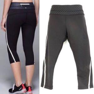 Lululemon black cropped leggings size 10